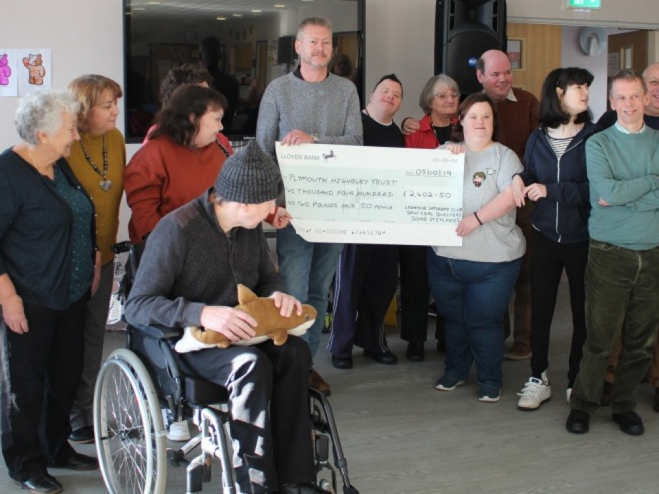 Cheque Presentation November 2019
